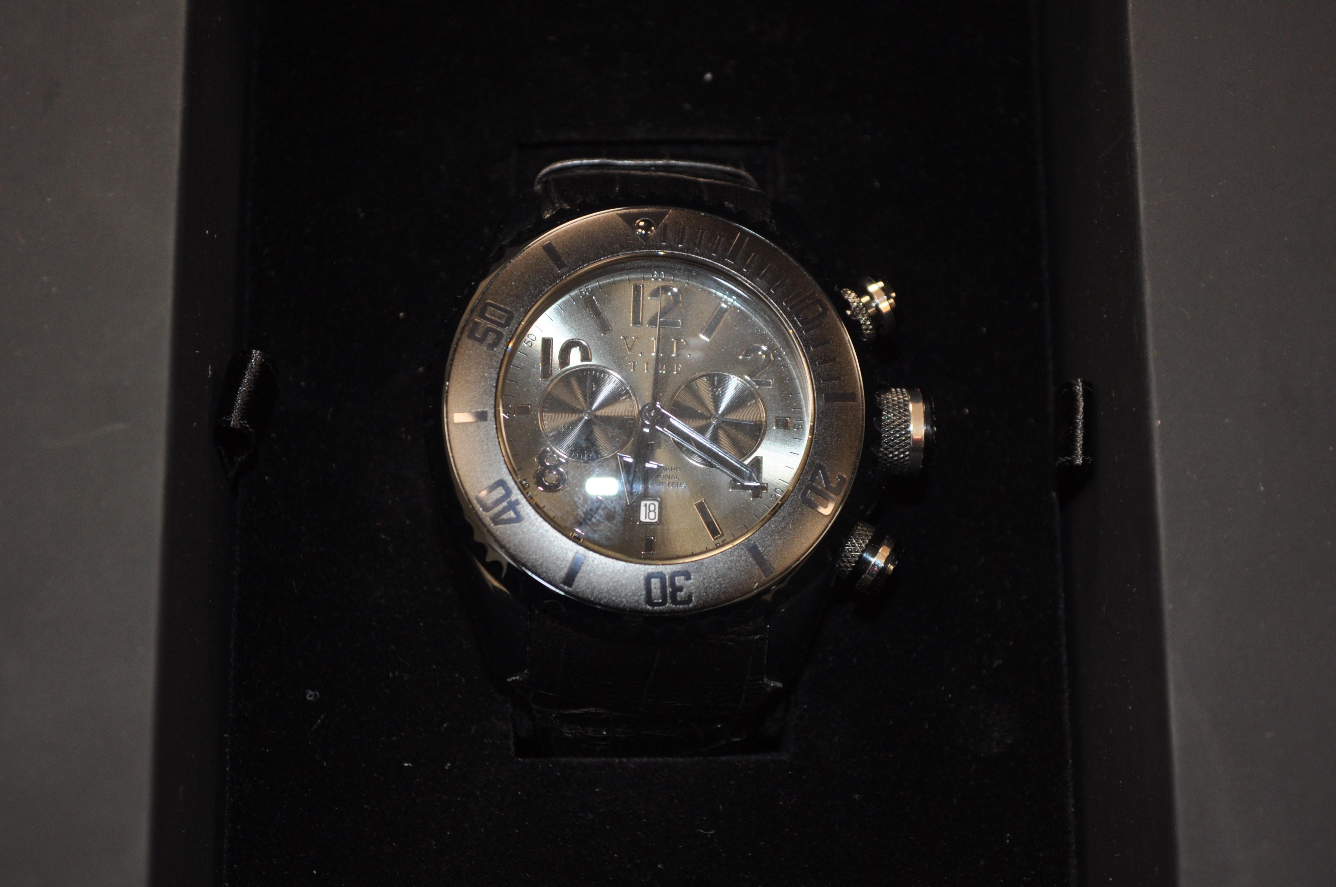 32c5289692d Início   Relógios   Vip Time   VIP TIME MODELO 15043